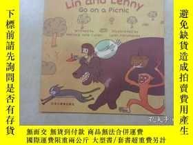 二手書博民逛書店英文書;罕見Lin and Lenny Go on a picn