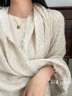 知秋白色外搭仿羊絨外搭高端大披肩圍巾兩用女冬季百搭保暖厚圍脖 黛尼時尚精品