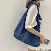 牛仔包 牛仔帆布包女大容量簡約日系學生布袋包韓版ins風文藝復古側背包  曼慕