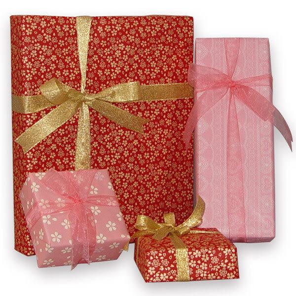 鹿港窯-R200精緻包裝紙包裝+緞帶(包裝紙樣顏色隨機包裝)尺寸限制:三邊加總50~100cm