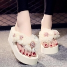 拖鞋女外穿新款時尚花朵人字拖夏季海邊度假厚底沙灘拖 洛小仙女鞋