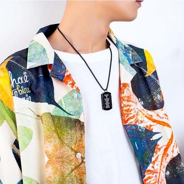 【5折超值價】潮流時尚美式風格十字架軍牌造型男款鈦鋼項鍊