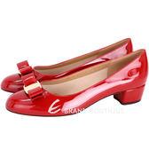 Salvatore Ferragamo VARA 漆皮蝴蝶結粗跟鞋(紅色) 1410298-54