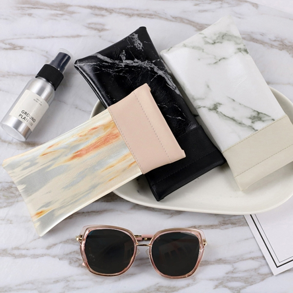 OT SHOP [現貨] 眼鏡袋 墨鏡保護套 收納包 大理石紋路 拼接 防壓 彈性開口 方便攜帶 黑/白/粉 C10