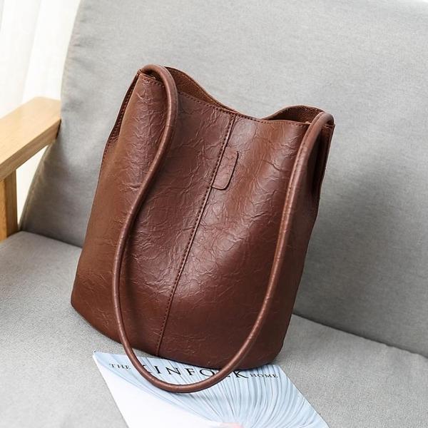 水桶包復古做舊水桶包包女2020新款大容量女包時尚側背包斜背包 suger