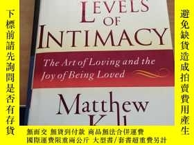二手書博民逛書店The罕見Seven Levels of Intimacy 愛與