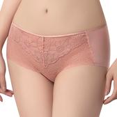 思薇爾-撩波無拘束之花系列M-XL蕾絲中低腰平口內褲(萩金膚)