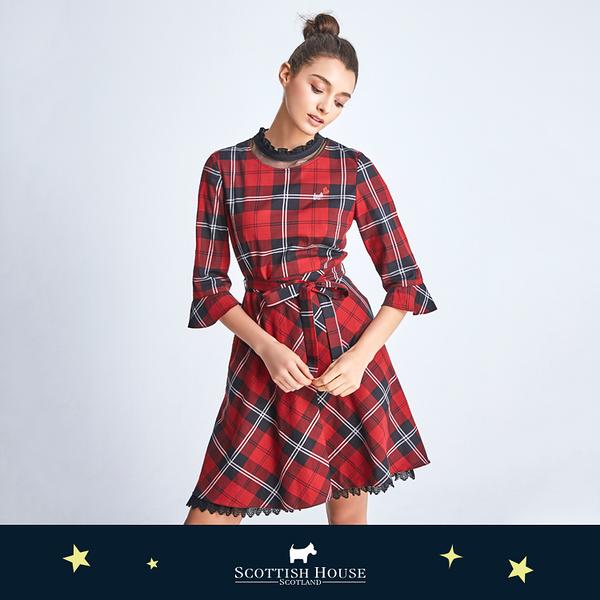 【紅黑格】荷葉領腰帶格紋洋裝 Scottish House【AJ3104】