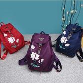 中國新款繡花風尼龍女背包帆布旅行包簡約學院風印花女士包包潮 韓國時尚週