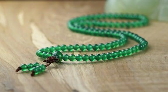 [協貿國際]天然綠瑪瑙108顆佛珠手鍊單條價