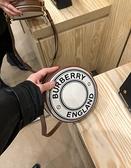 ■專櫃83折■ 全新真品■ Burberry 小型標誌圖案帆布 Peggy 圓餅包