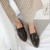 2019秋季新款日系學院風英倫小皮鞋漆皮尖頭粗跟中跟套腳單鞋女潮