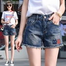 休閒短褲高品質牛仔短褲女夏韓版寬鬆顯瘦大碼中高腰卡通刺繡毛邊熱褲 快速出貨