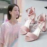 涼鞋女夏中跟粗跟2018新款一字扣帶羅馬綁帶學生韓版百搭高跟女鞋 晴光小語