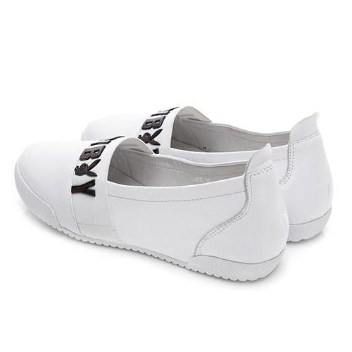 PLAYBOY 自信風采 漸層色logo真皮便鞋-白(Y3285)