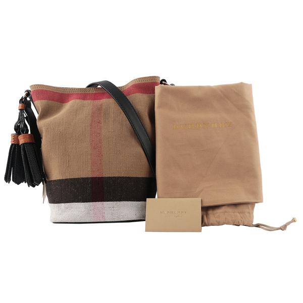 【BURBERRY】格紋棉麻混紡斜背水桶包(駝/黑) 39972841
