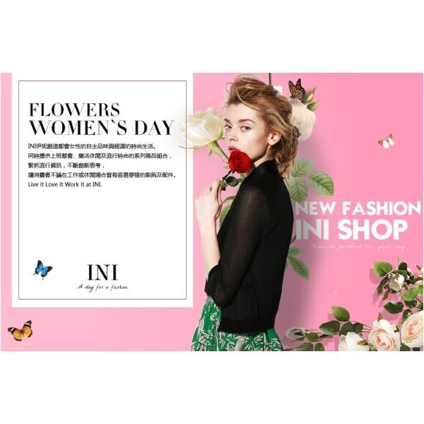 【INI】限量發售、清爽棉麻剪裁花布舒適上衣.深藍色