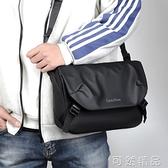 新款騎行單肩包男士包包潮牌斜背包休閒郵差包工裝小挎包背包 可然精品