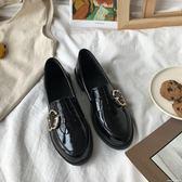 皮鞋 chic小粗跟一腳蹬ins皮鞋亮皮英倫風復古學生單鞋女 七夕禮物中秋節禮物