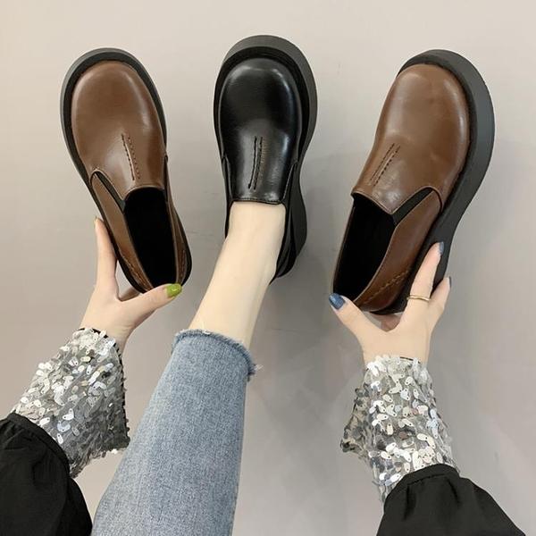 鬆糕鞋 黑色小皮鞋女秋季一腳蹬復古英倫風鬆糕厚底圓頭舒適單鞋 晶彩 99免運