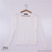 【INI】氣質百搭、專櫃高柔感菱形格開襟衫.白色
