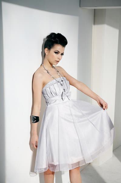 東京衣服 魔幻夢遊 貝殼壓折透明釘珠 網紗小禮服 紫