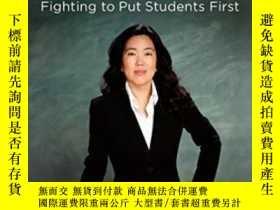 二手書博民逛書店Radical:罕見Fighting To Put Students FirstY307751 Michell