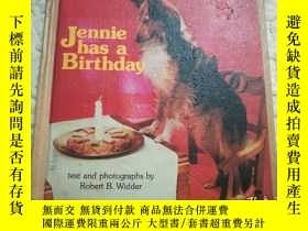 二手書博民逛書店Jennie罕見Has a Birthday(1974年精裝英文