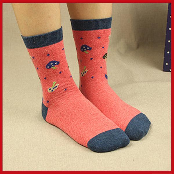 日本熱銷伊茲密爾 仿羊毛襪 音符款/蝴蝶結款/蘑菇款/襪子款【AF02038】i-style居家生活