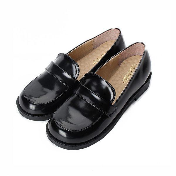 CARDITALIA 亮面套式學生鞋 黑 女