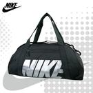 NIKE 旅行袋 GYM CLUB 側背包 手提包 健身包 行李包 BA5490 得意時袋