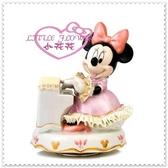 ♥小花花日本精品♥ Hello Kitty 日本製 米妮音樂擺飾 鋼琴演奏音樂盒33142401