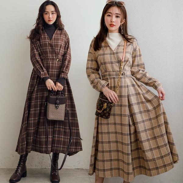 現貨-MIUSTAR V領側釦格紋毛料洋裝(共2色)【NH3636】