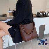 復古包包女大容量單肩鏈條包百搭斜挎水桶包【古怪舍】