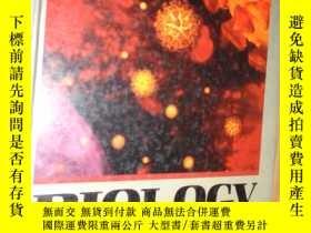 二手書博民逛書店BIOLOGY:罕見A JOURNEY INTO LIFE 英文