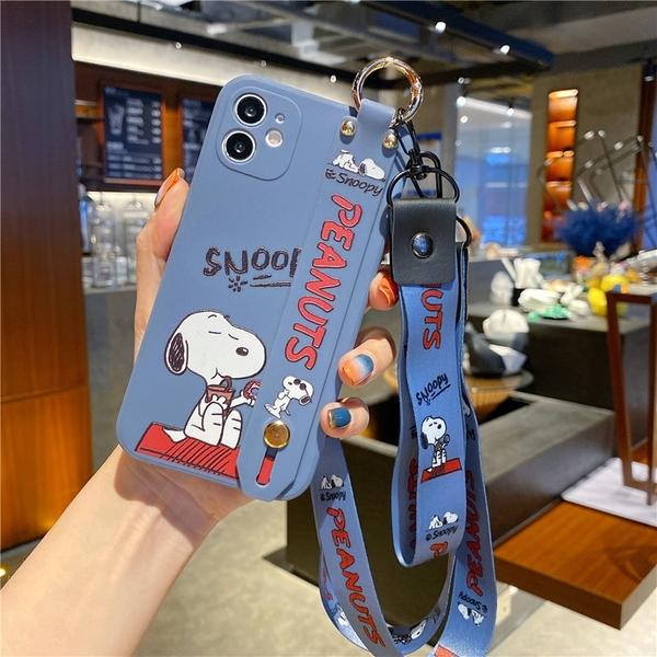史努比腕帶軟殼 iPhone SE2 XS Max XR i7 i8 plus 手機殼 側邊印圖 直邊液態 保護鏡頭 影片支架 防滑防丟