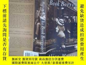 二手書博民逛書店The罕見Book Borrower: A Novel (詳見圖