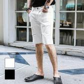 男 窄版/休閒褲/牛仔褲/短褲 L AME CHIC 鐵圈破洞褲腳不收邊彈性牛仔短褲【EBJ060702】