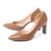 TAS 漆皮側鏤空高跟鞋焦糖棕