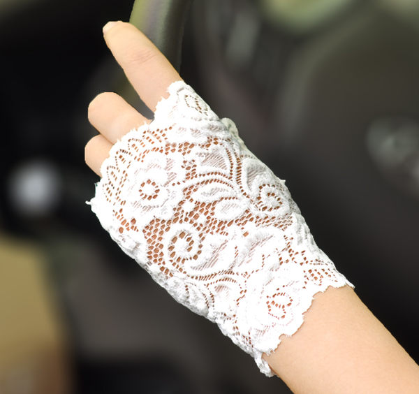 春夏女士開車短款半指防曬手套露指蕾絲手套 半截薄防紫外線手套【慶新年全館免運】