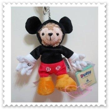 ♥小花花日本精品♥《Disney》迪士尼 達菲 米奇裝 站姿 絨毛玩偶 手機吊飾 鑰匙圈 香港限定 90210303
