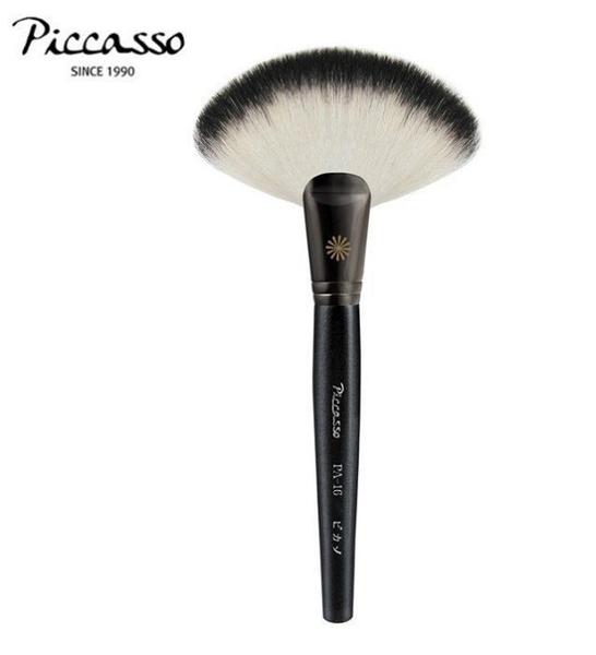 【愛來客】韓國PICCASSO授權經銷商 PICCASSO PA16大扇形刷 山羊毛 餘粉刷 腮紅刷