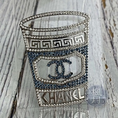 BRAND楓月 CHANEL 香奈兒 18年 藍水鑽杯麵胸針 金屬 鏤空 圖騰 LOGO 配飾 配件 飾品 飾物 小物
