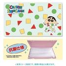 asdfkitty*日本製 蠟筆小新抗菌口罩收納盒-可隨身攜帶.乾淨方便