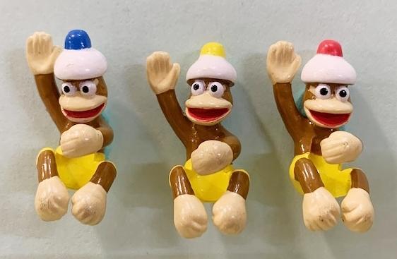 【震撼精品百貨】Curious George _好奇的喬治猴 ~日本喬治猴 擺飾-三隻猴子#01765