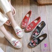 老北京布鞋 牛筋底繡花鞋 平底透氣古風漢服民族風單鞋