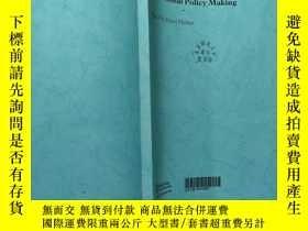 二手書博民逛書店Comparative罕見Inquiry and Educational Policy MakingY1684