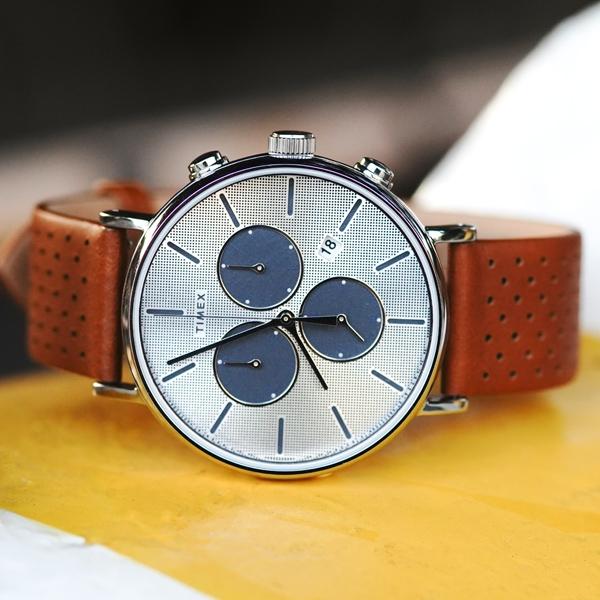 TIMEX 天美時 / TXTW2R79900 /  復刻三眼 INDIGLO專利冷光照明 計時 日期 真皮手錶 銀x褐 41mm