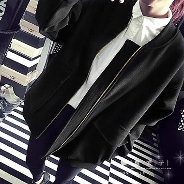 【QV0314】魔衣子-純色寬鬆圓領棒球服薄刷毛外套