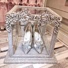 婚鞋女 新款婚紗新娘鞋禮服水鑽淺口細跟高跟鞋水晶鞋宴會女鞋  店慶降價